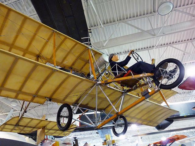 hiller-aviation-museum-2