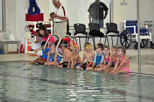 kids-triathlon-pool