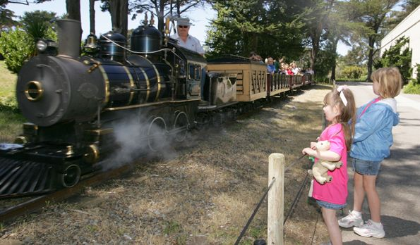 SF-zoo-train