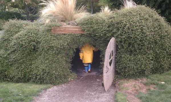 oregon garden hobbit house 2