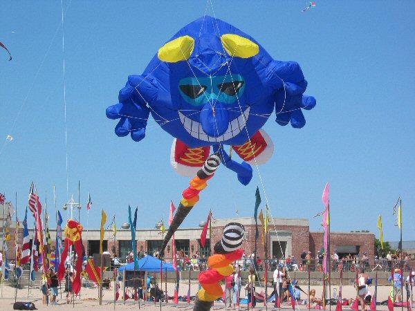 rockaway beach kite fest thebigkiteguy.com