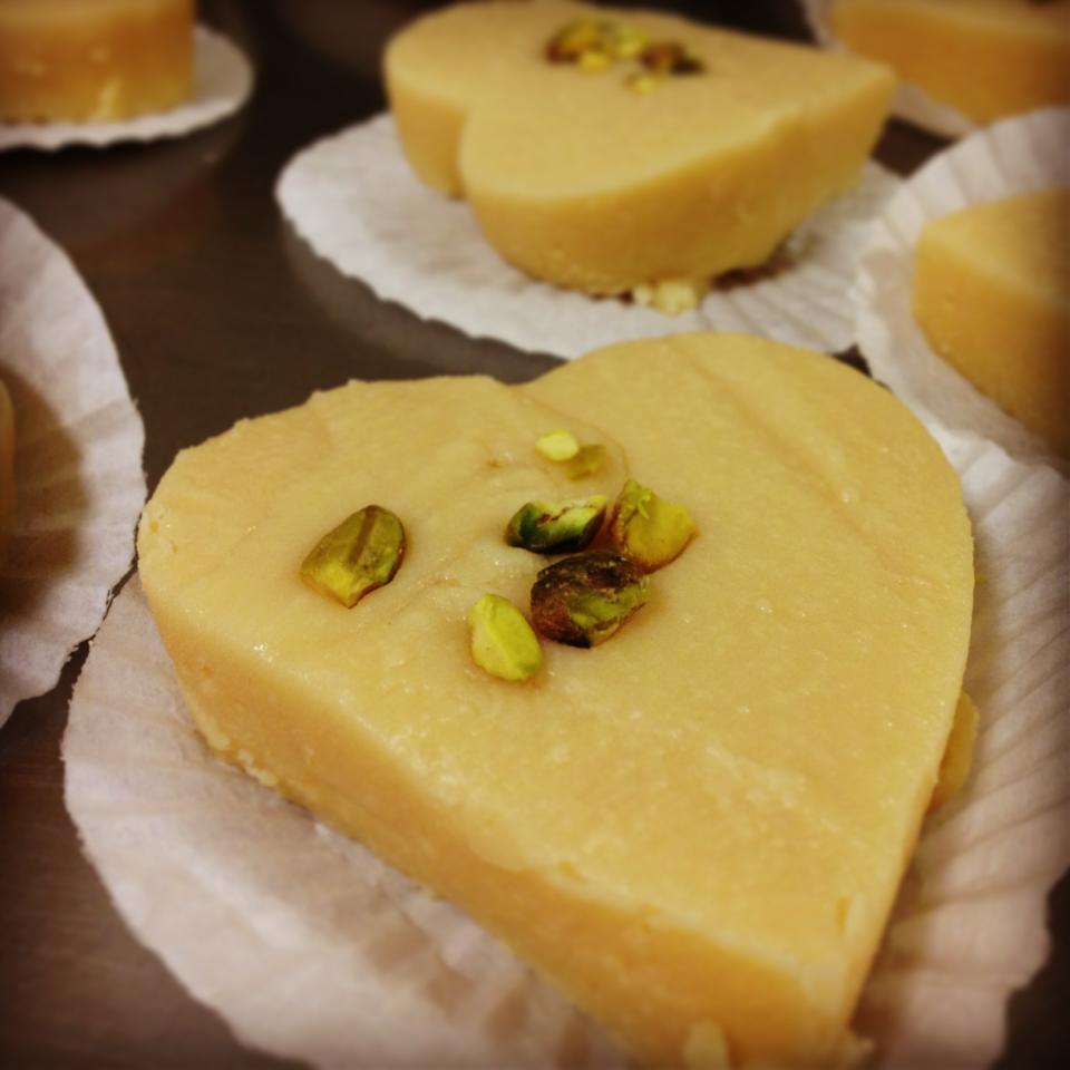 tahoora-sweets