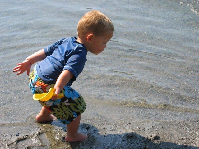 kid-beach