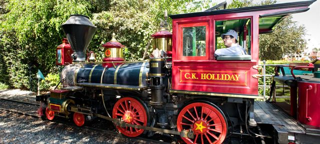 disneyland-railroad_alt