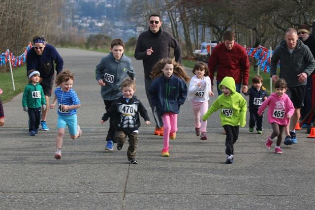 Magnuson Race series kids running
