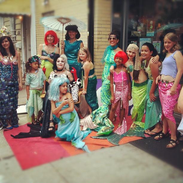 mini.mermaids.2012