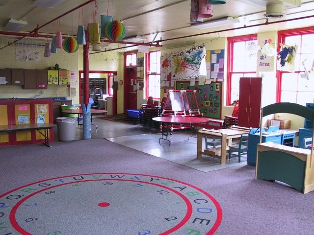 Phinney Neighborhood Center Red Room