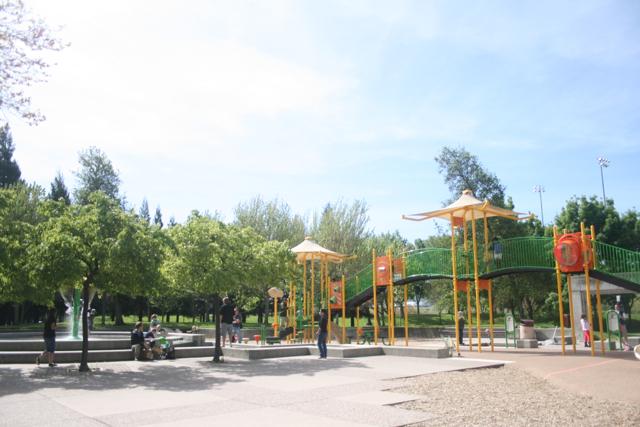 San-Ramon-Central-Park-Structure