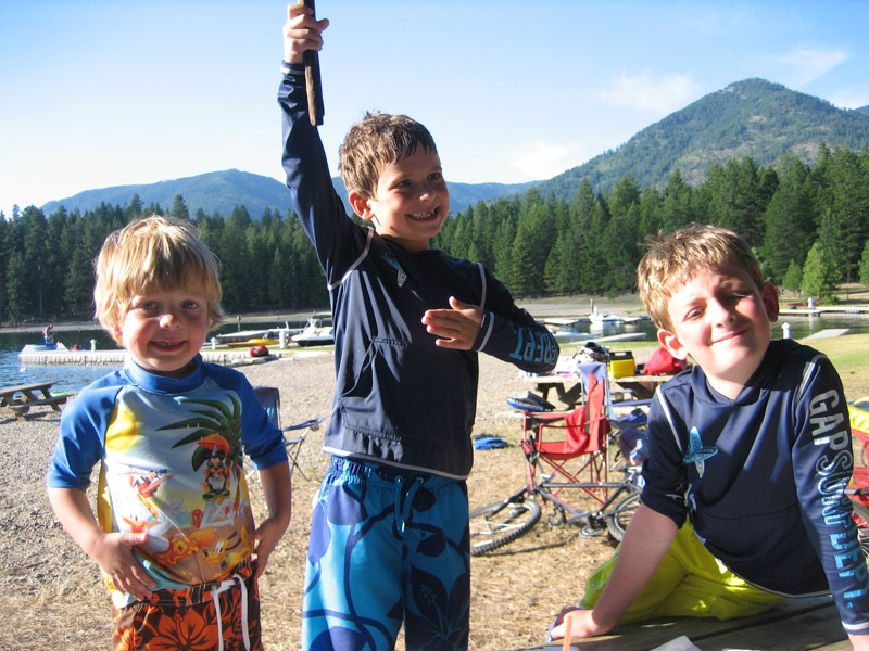 boys-beach-lakepend