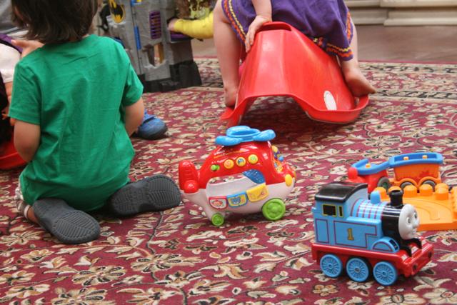toys-floor