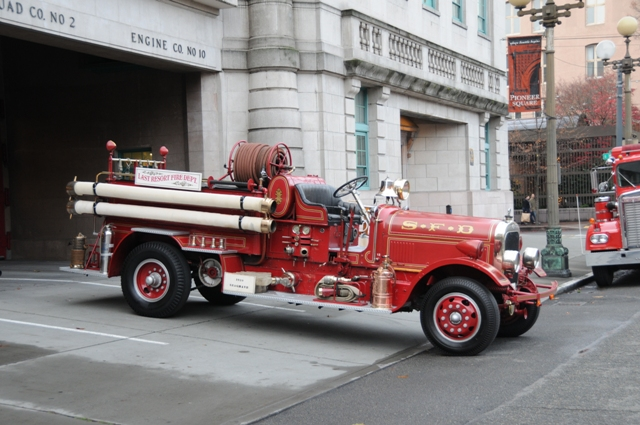 Antique firetruck LRFD musuem photo