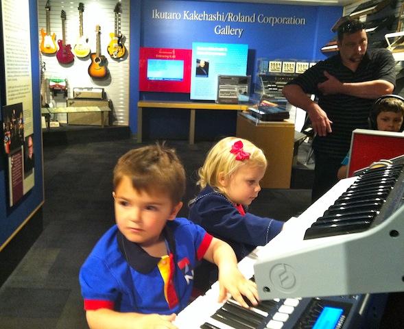 MUSEUM OF MAKING MUSIC-5