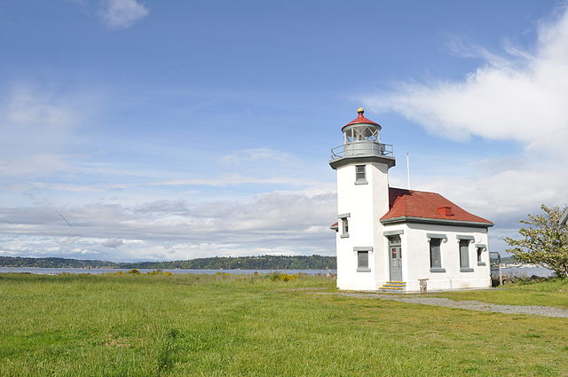 Point_Robinson_Lighthouse_07
