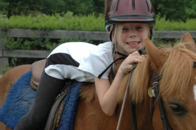 horse-back-riding-girl
