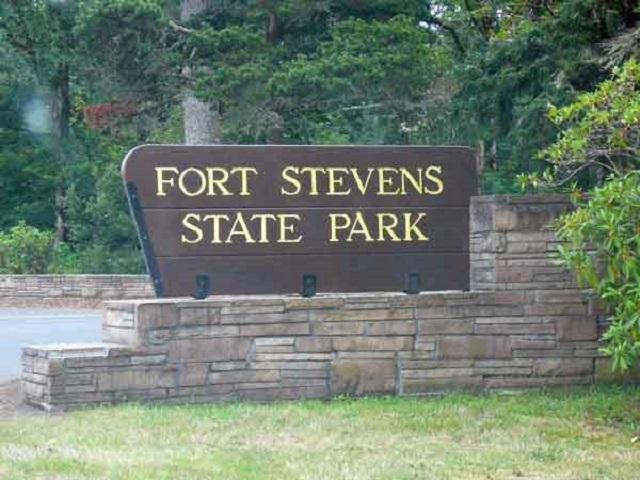Fort Stevens sign