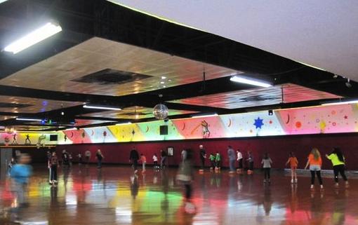 moonlight Rollerway skaters