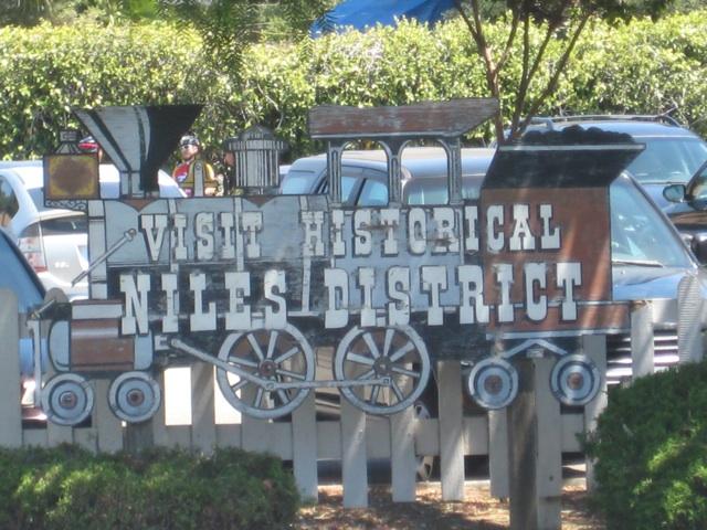 Niles Historic Train Sign