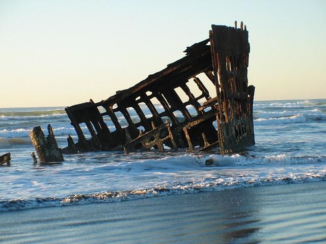 Peter Iredale Shipwreck, Ft. Stevens State Park, credit Roger Warren Keepers