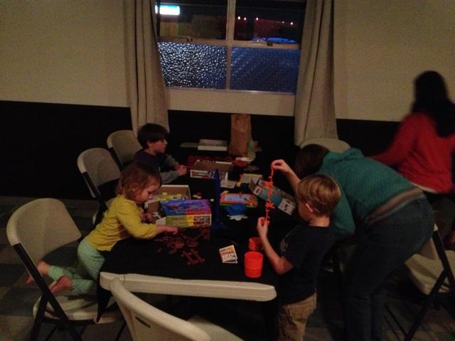 Corner Bar kids play