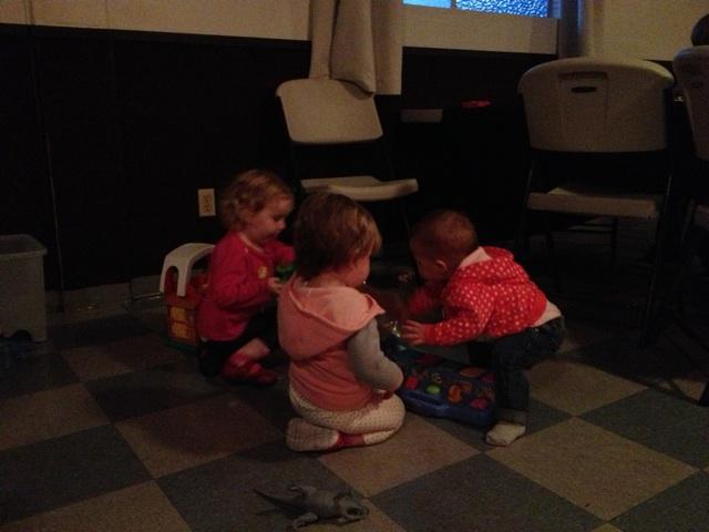 Corner Bar little Kids play