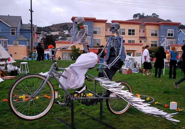 Day of the Dead-Skeleton-Bikes-garfield park