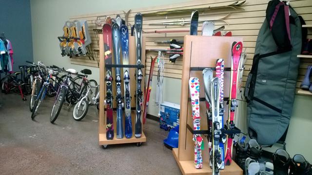 skis edit