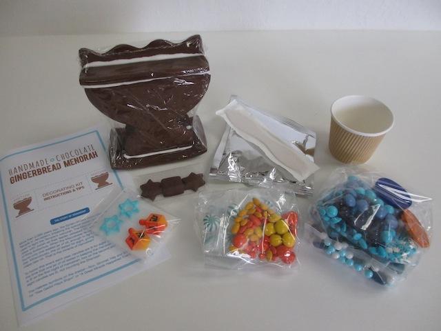 gingerbread-menorah-kit-3