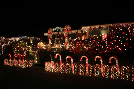 Olympic Manor Christmas Lights 2020 18 Awesome Christmas Light Displays in Seattle