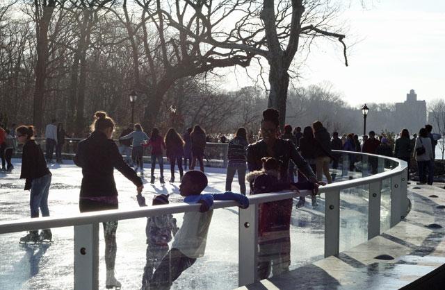 lakeside-ice-skating