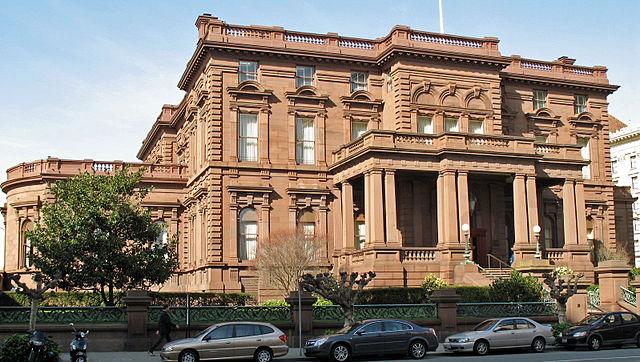 640px-James_Flood_Mansion_(San_Francisco)_4