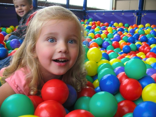 bellaboos-ball-pit