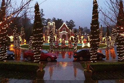 holiday-circle-of-lights-oakland