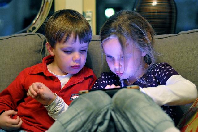 kids-ipad-app-flickr