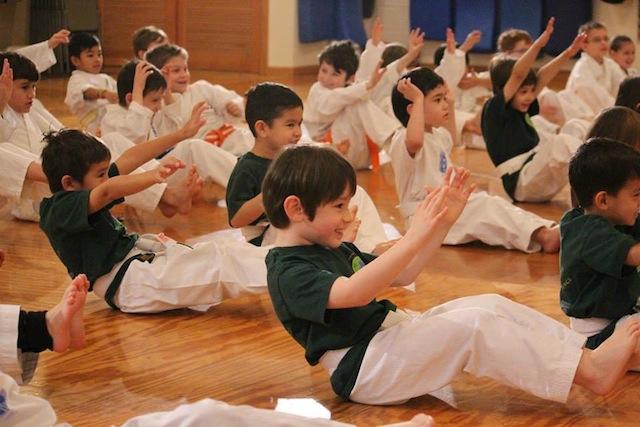thousand-waves-karate