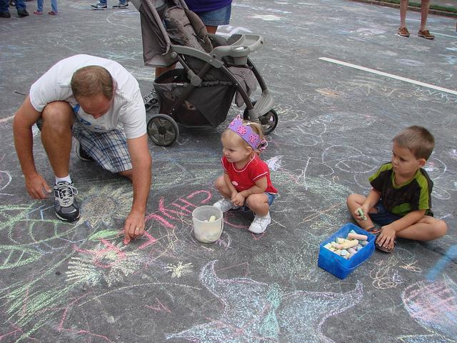 chalk-with-kids