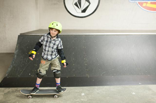 001_redtri-skaterboy2