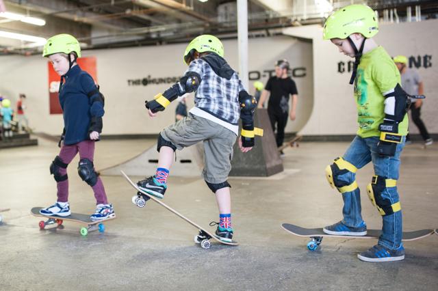 002_redtri-skaterboy
