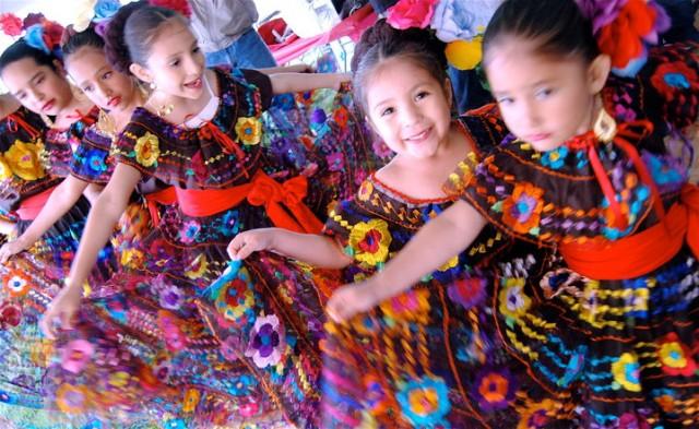 cinco-de-mayo-kid-dancers