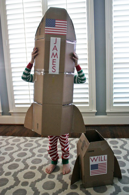 Cohete de cartón de Built by Kids
