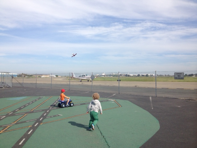 Planes Taking off and Landing at Buchanan Field Airport
