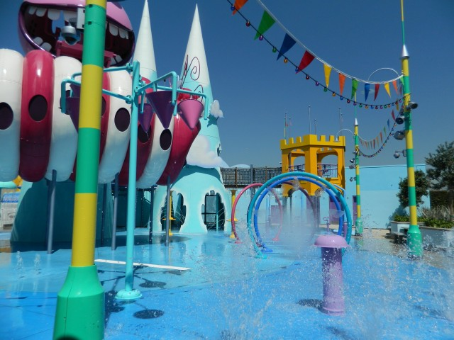 Minion Mayhem Despicable Me WATER FEATURE