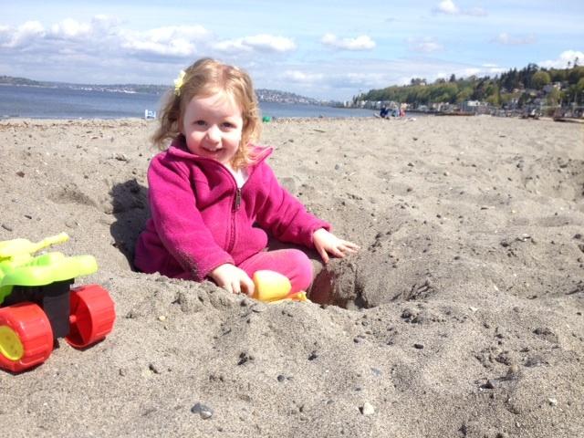 Elise digging on Alki