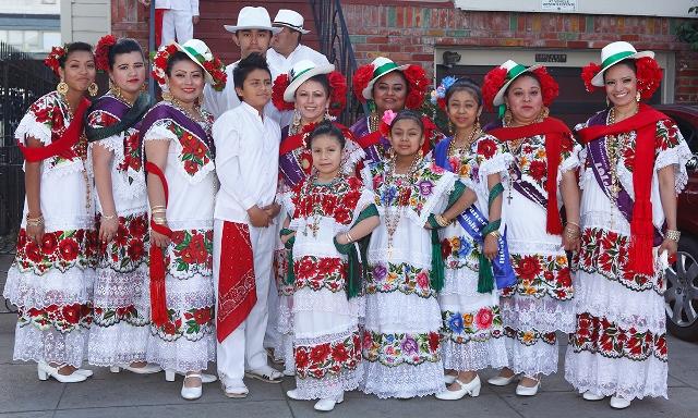 dancers at SF Carnaval