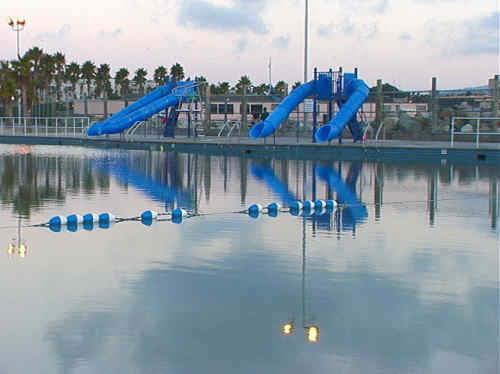 Water slides evening_cvMain