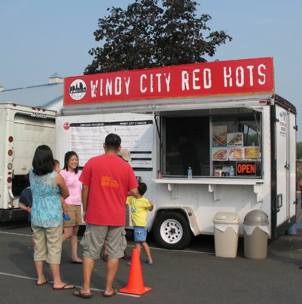 windy-city-red-hots-hot-dogs