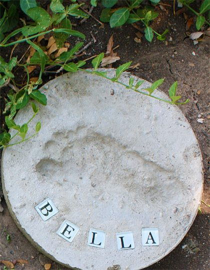 gardensteppingstone_CindyHopper_sunshinecrafts_redtricycle