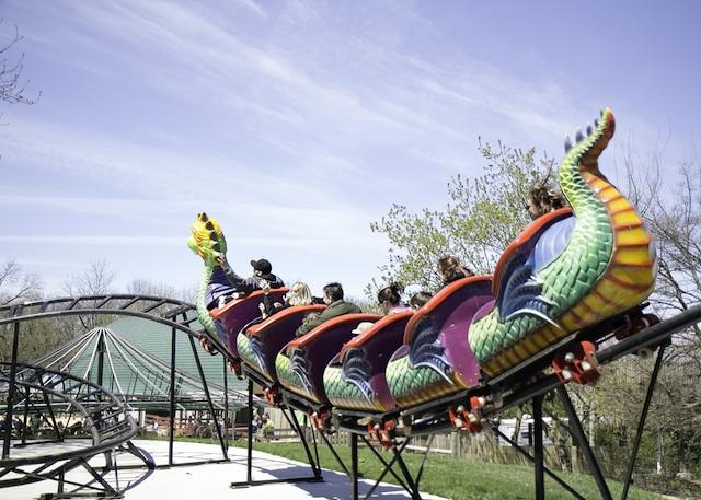 santas-village-dragon