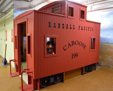 Caboose_randall_museum_train