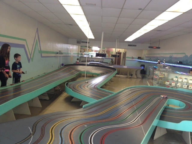 dads-slot-cars-track