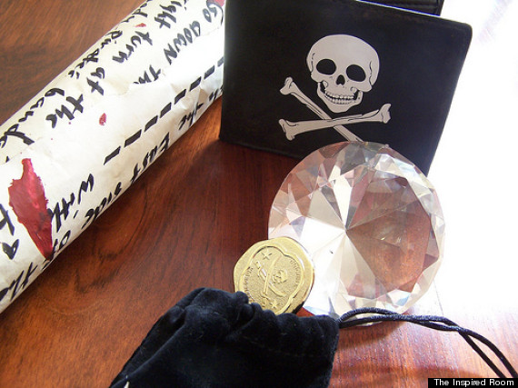 o-PIRATE-TREASURE-HUNT-570